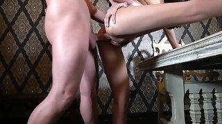 Milf feels entire cock pleasing her sexual desires