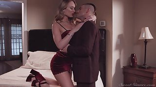 Mouth watering wife Daisy Stone gives say no to head and rides a dick like graceful Mr Big brass