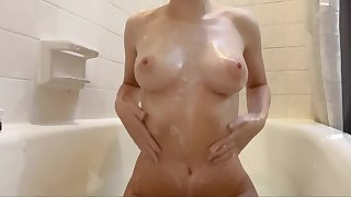 Washing My Soapy Tits In The Bath Plus Rubbing On MD Payola